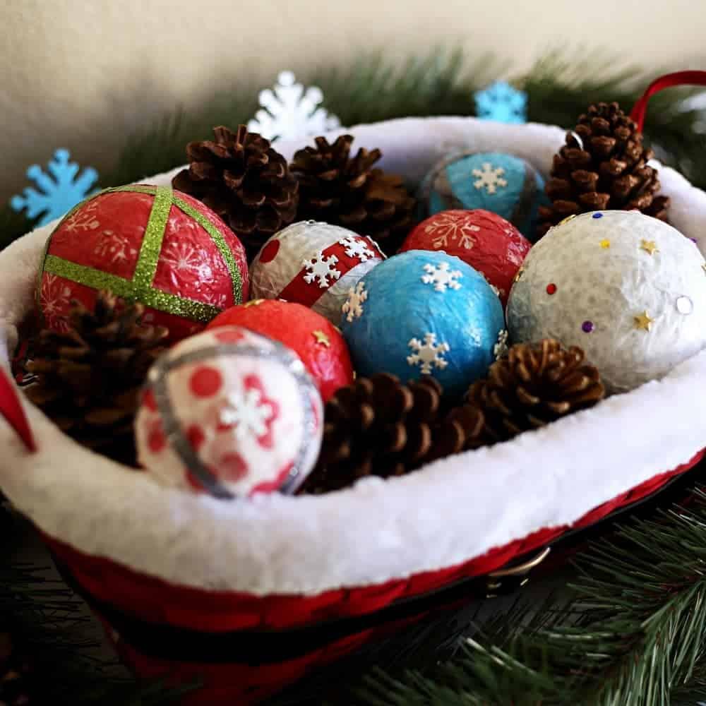 Diy Decor Balls: Holiday Decor Idea: DIY Deco Balls