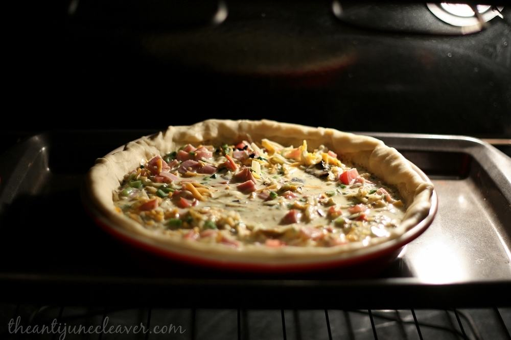 Loaded Quiche recipe with Canadian bacon, green onions, roasted chiles,and tomatoes - #SeasonedGreetings #shop