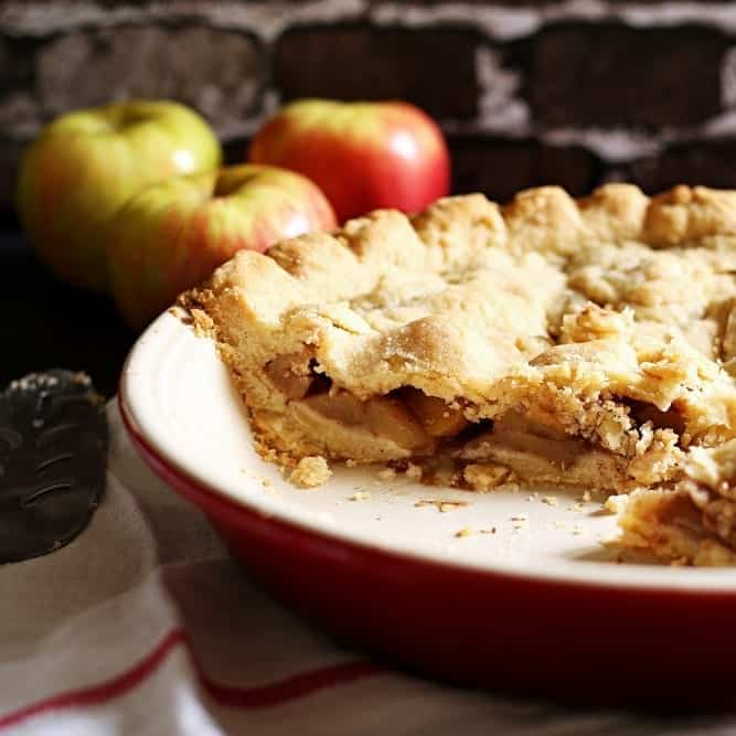 Welcome Fall with Homemade Apple Pie and Hot Chocolate (Recipe) #SweetenTheSeason (ad)