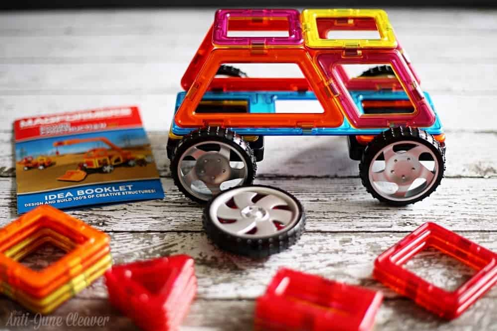 Holiday Gift Guide: Magformers 47-Piece Power Construction Set