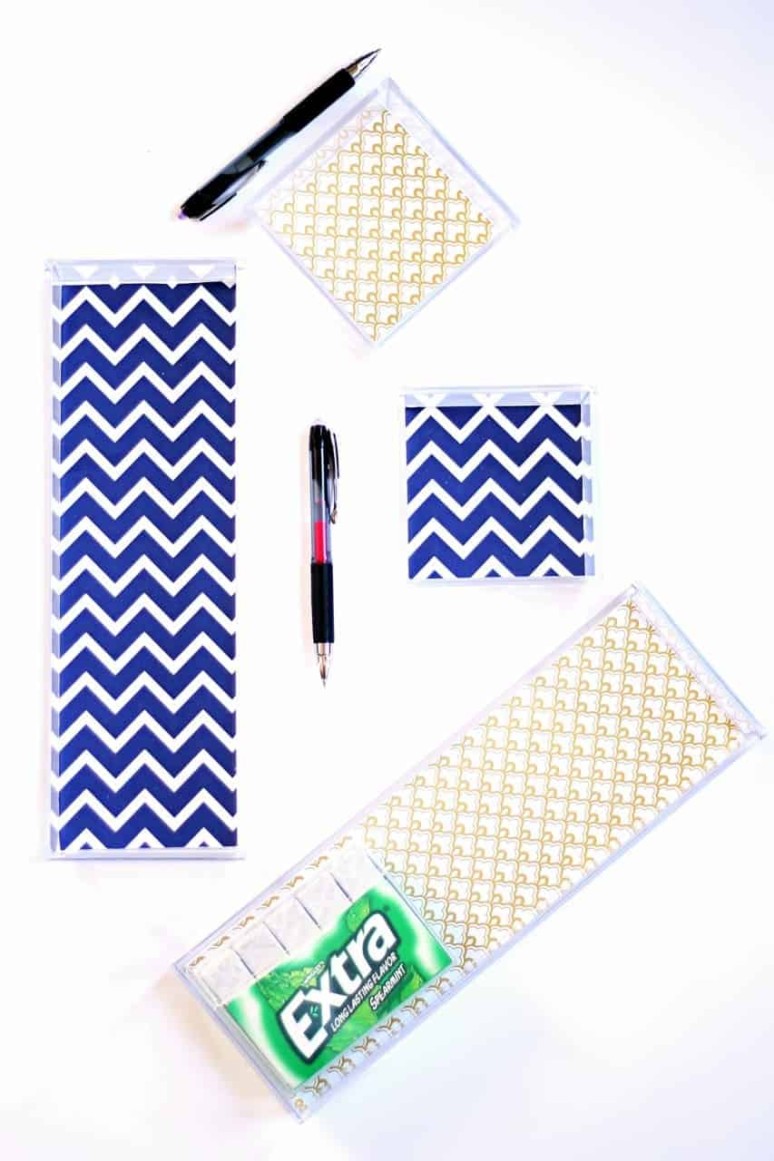 Organization doesn't have to boring with this easy and pretty DIY desk drawer organization idea - #GIVEEXTRAGETEXTRA #Target (ad)