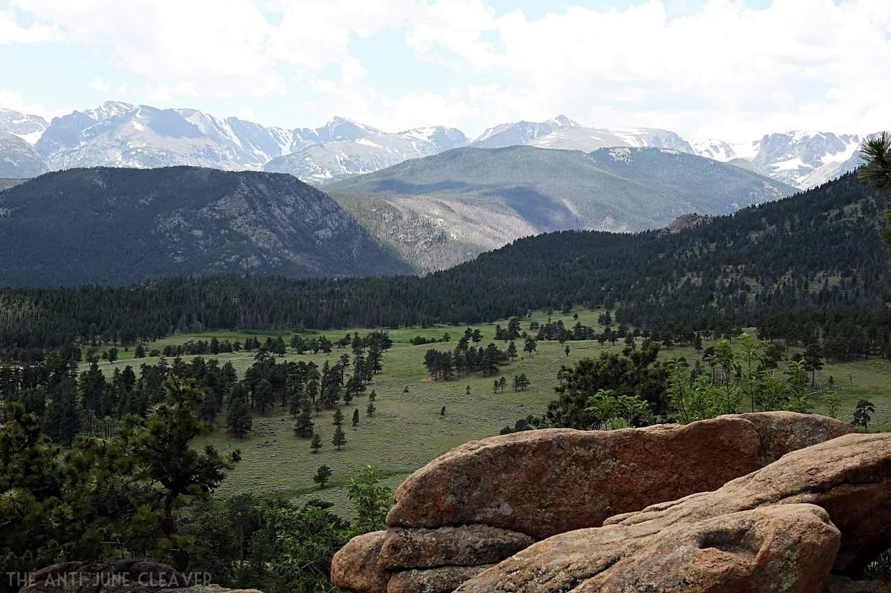 Our Favorite Road Trip Stops: Estes Park, Colorado & Rocky Mountain National Park #RoadTripOil AD