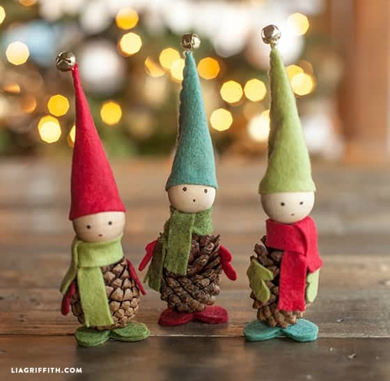 Christmas Pine Cone Crafts for Kids and Adults - pinecone elves #christmas #crafts #diy #pinecones #holidays #xmas #christmascrafts