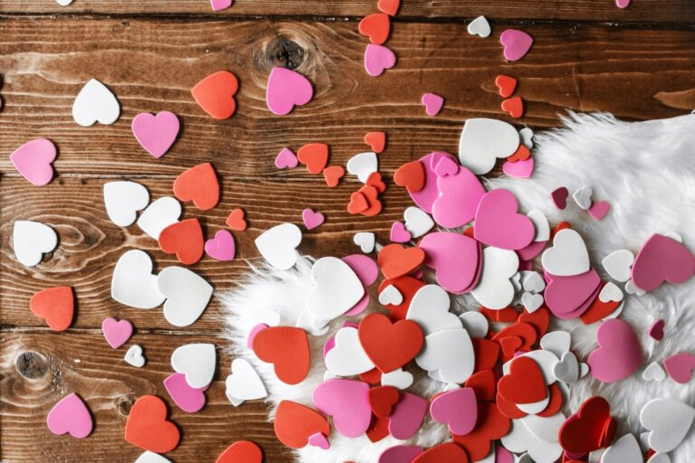 The 30 Cutest Valentine Paper Crafts for Kids