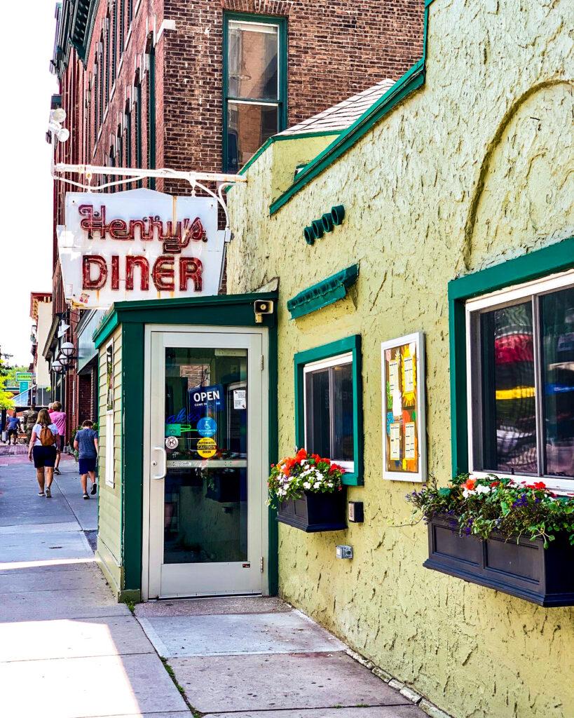 Henry's Diner in Burlington, VT