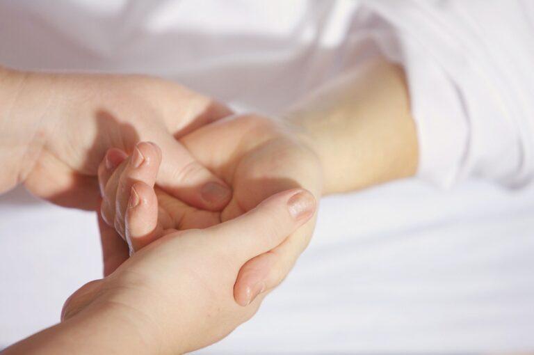 Should You Make Your Own DIY Hand Sanitizer?