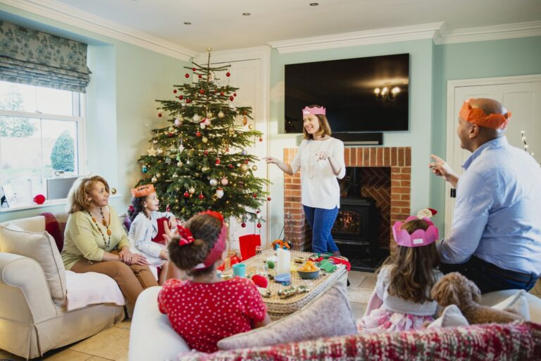 7 Fun & Festive Christmas Eve Games for Kids