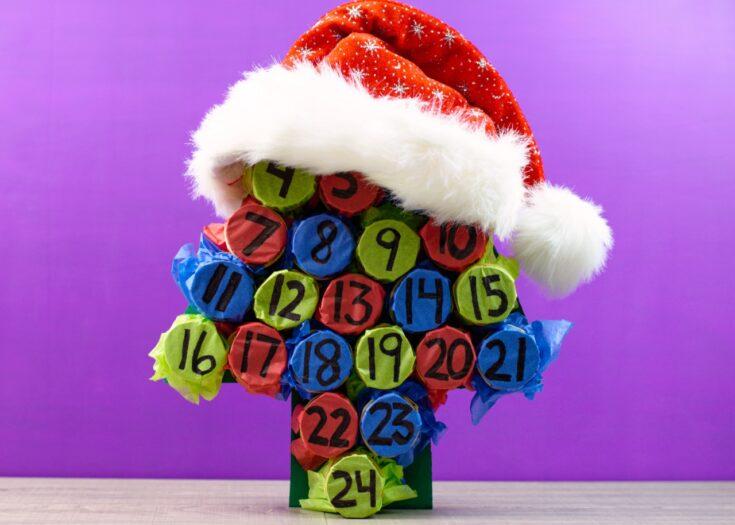 Cardboard roll advent calendar