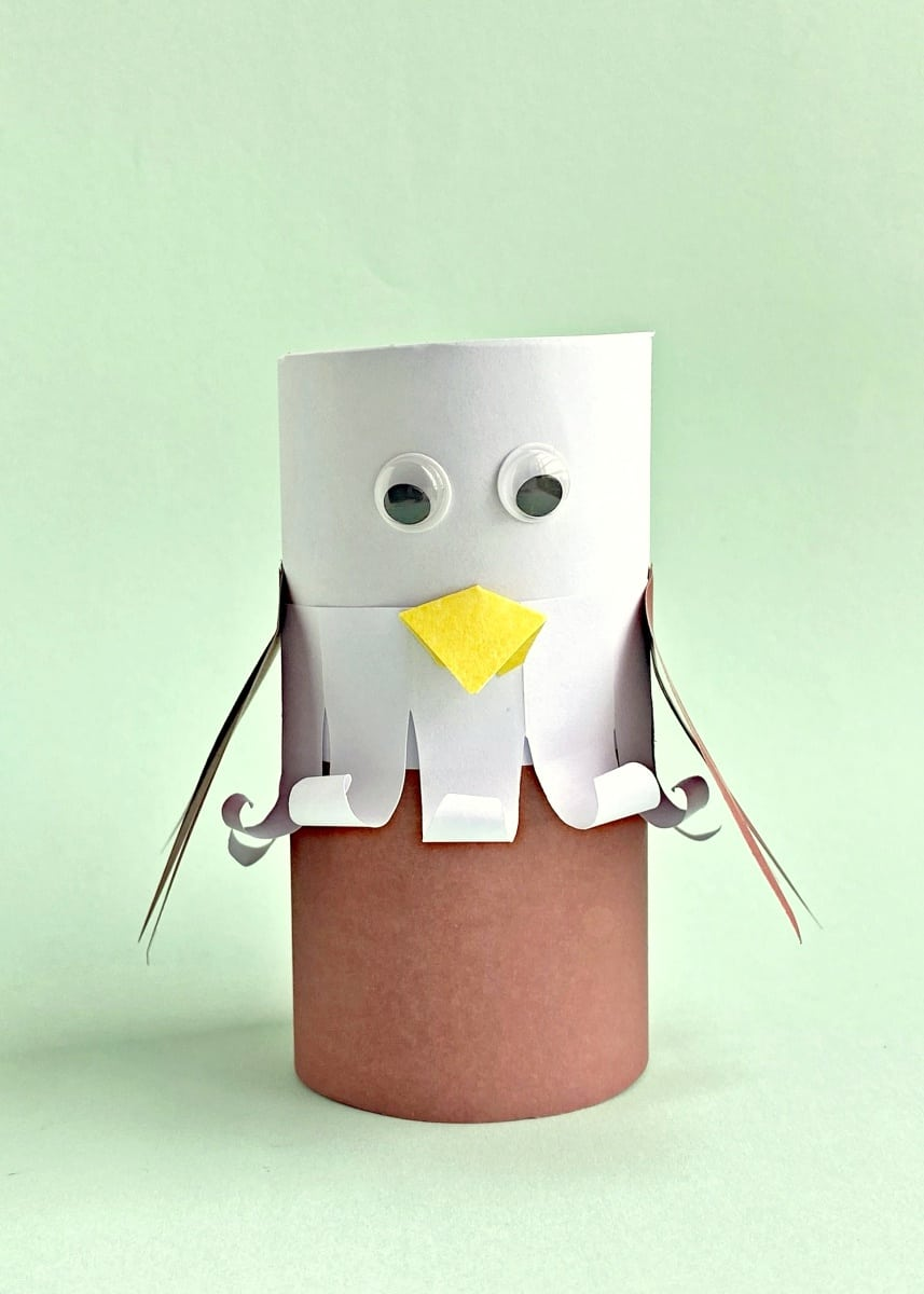 Eagle paper roll craft