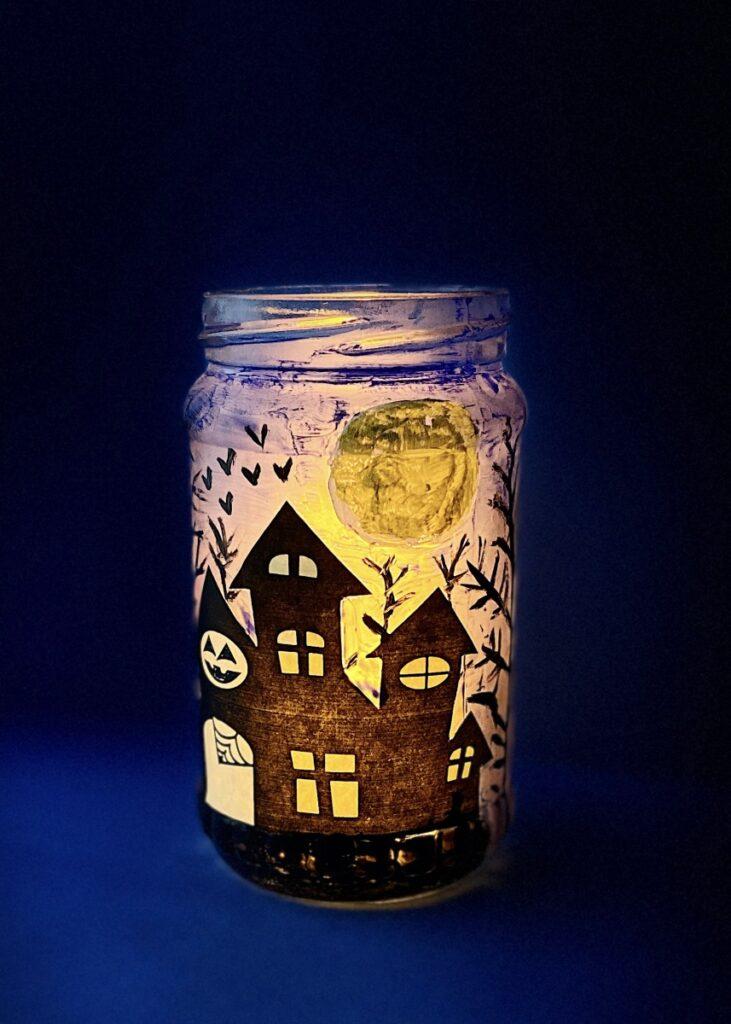 Haunted house mason jar craft